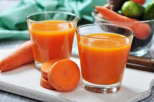 slowjuicer-recepten-wortelsap